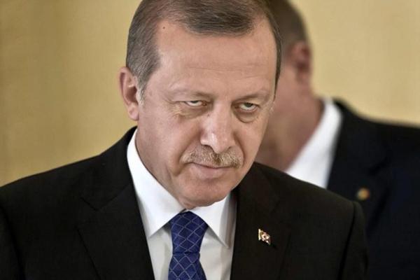 چه کسی مسئول دیکتاتوری و وقاحت رهبران ترکیه است؟