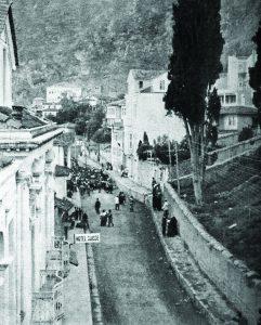 عکس تبعید اجباری ارمنی های ترابزون آوریل ۱۹۱۶ میلادی